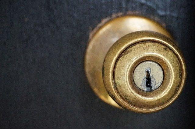 cerradura invisble de seguridad
